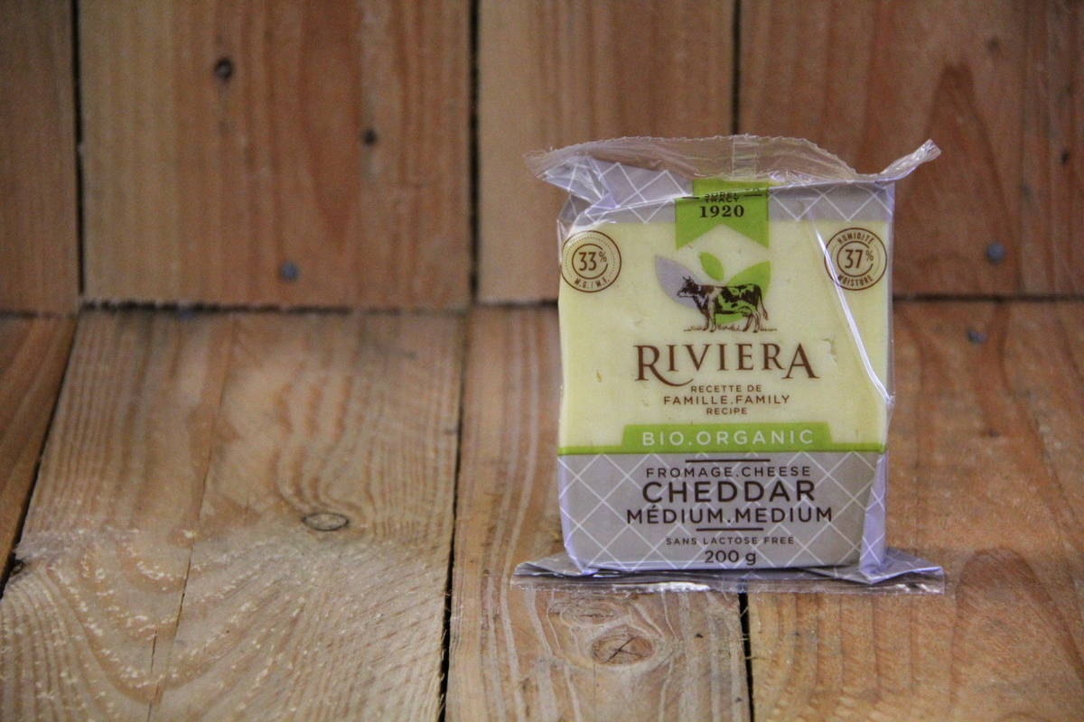 Riviera – Lactose-Free Medium Cheddar Cheese (200g)