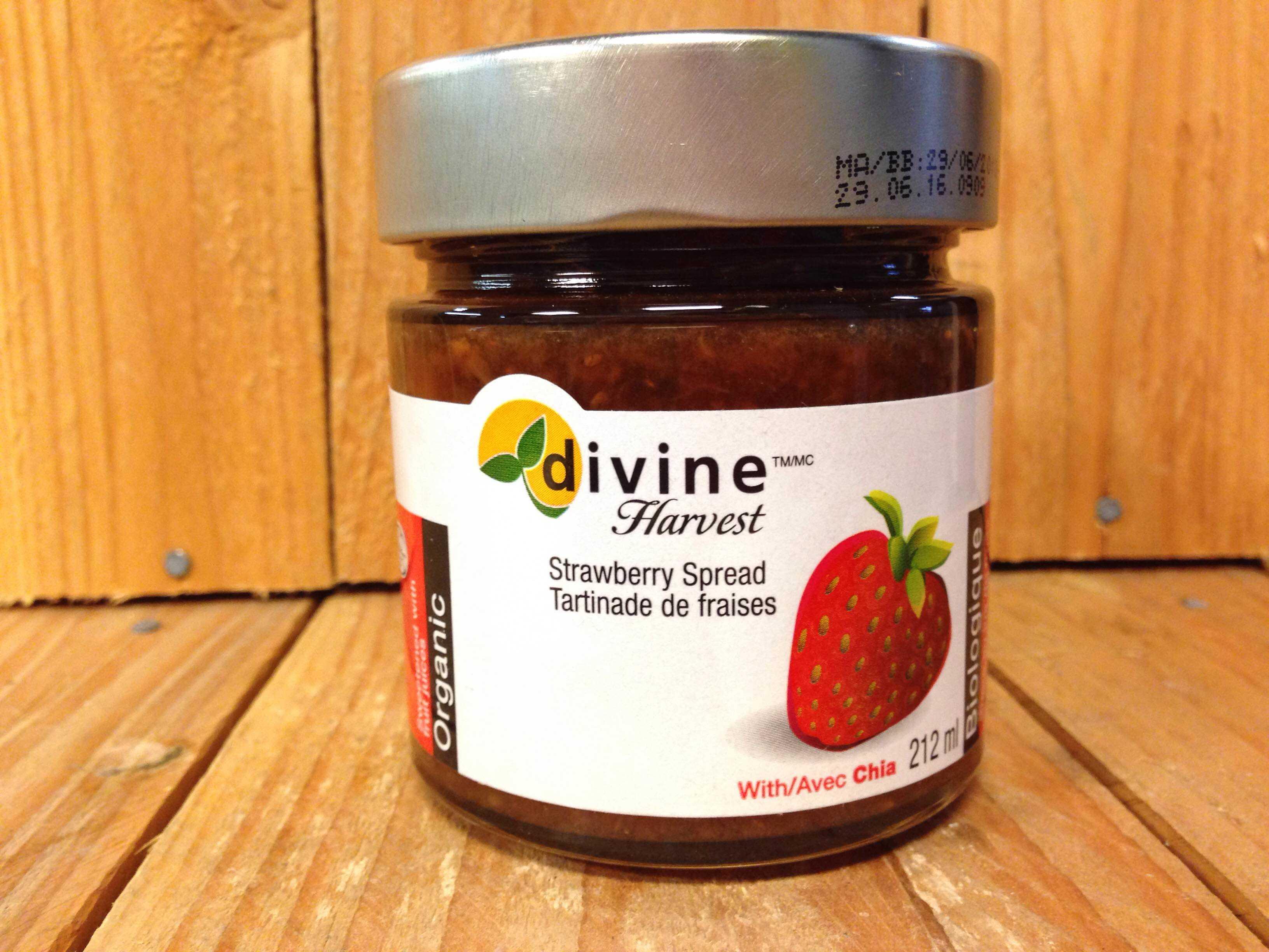 Divine Harvest – Organic Spread – Strawberry Chia (212ml Jar)