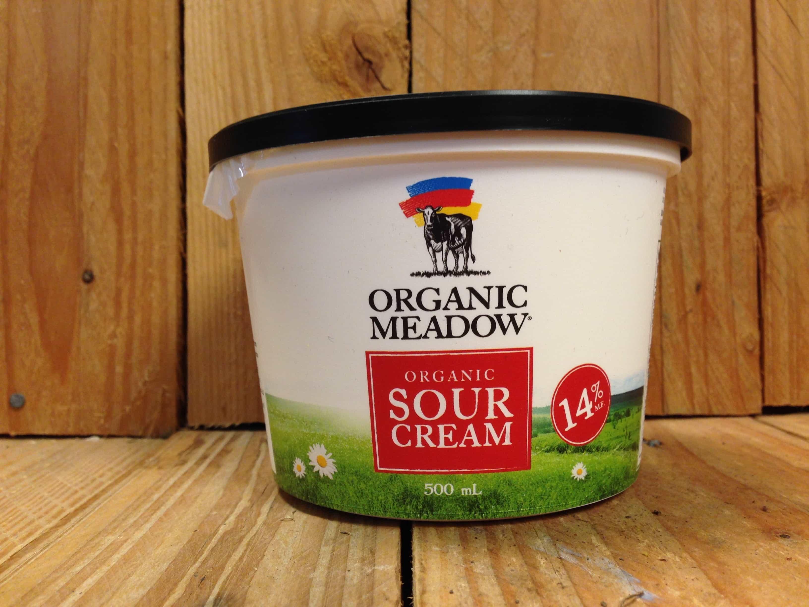 Organic Meadow – Sour Cream – Regular (500ml Tub)