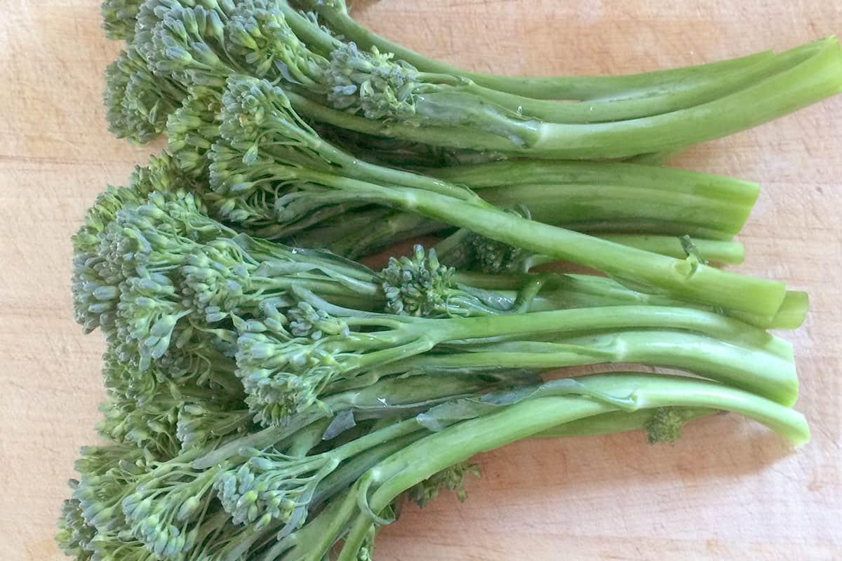 Broccolini – Baby Broccoli LOCAL Ferme La Corne d'Abondance (Big Bunch)