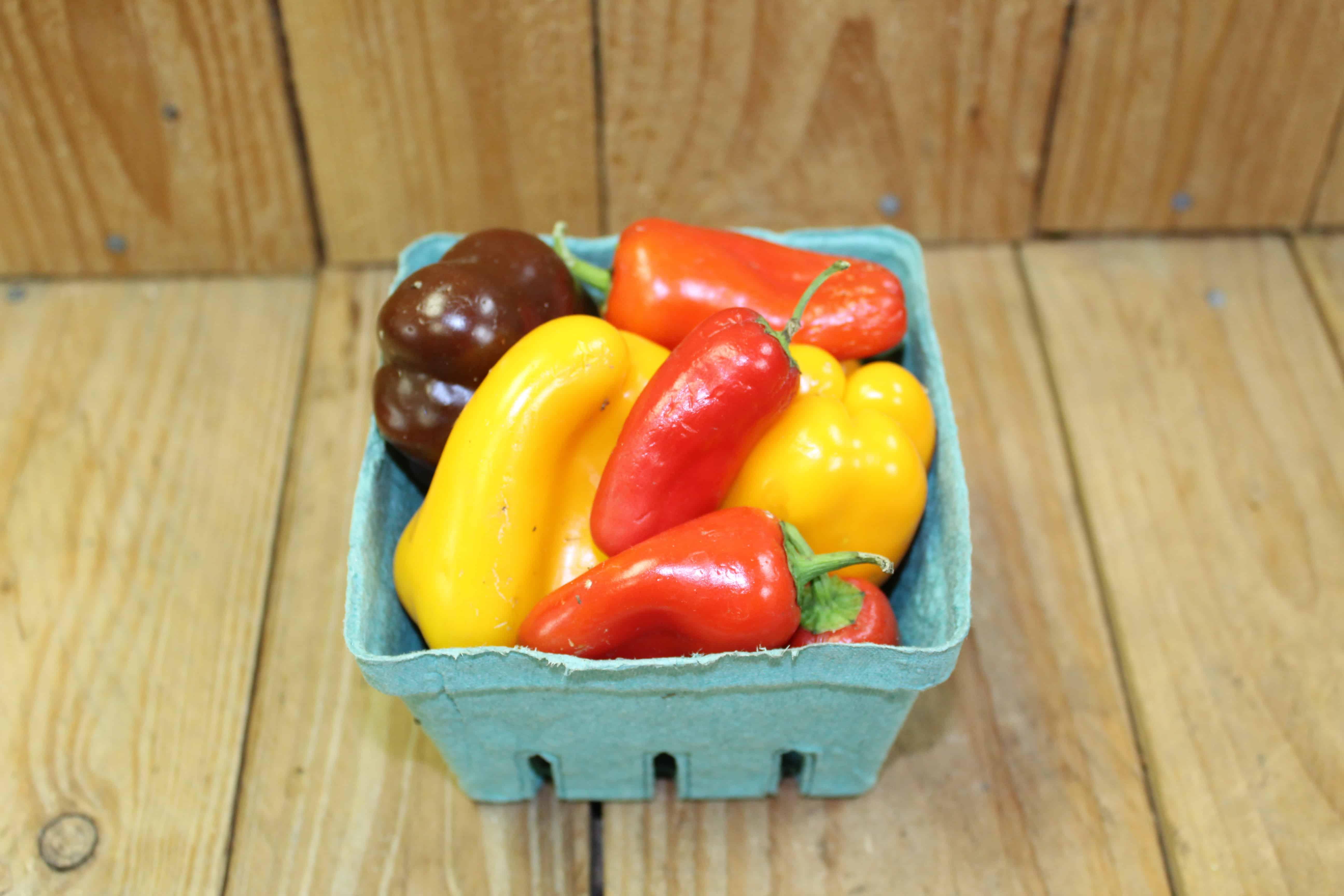 Pepper – Sweet Mini Rainbow Mix LOCAL Ferme Giroflee (Pint/Approx 300g)